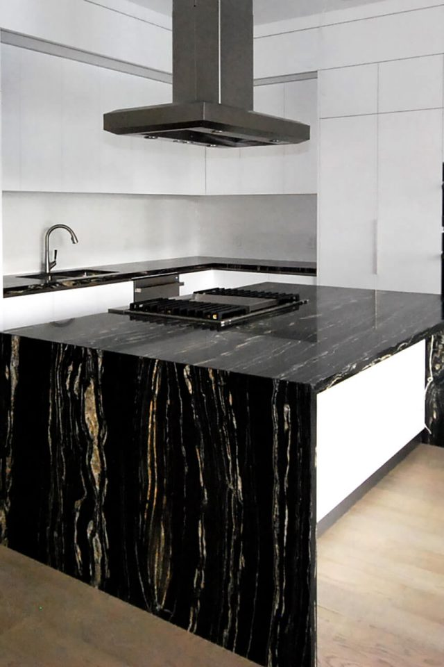 Newcastle Kitchens - Toronto - Kitchen Solutions 1 (2)